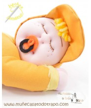 Siestina yellow - Secure rag doll for babies - 37 cm