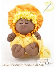 La Buñuela Amarilla Bigfoot - Muñeca de trapo negras - 23 cm