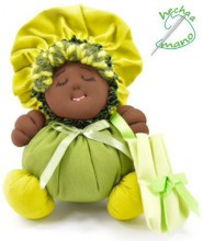 Black rag doll in green fabric the Buñuela - 23 cm